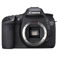 NEW CANON EOS 7D 18MP Digital SLR Camera Body DSLR (PRIORITY DELIVERY + FREE ACCESSORY)