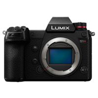 New Panasonic LUMIX DC-S1R 47MP Digital SLR Camera Body